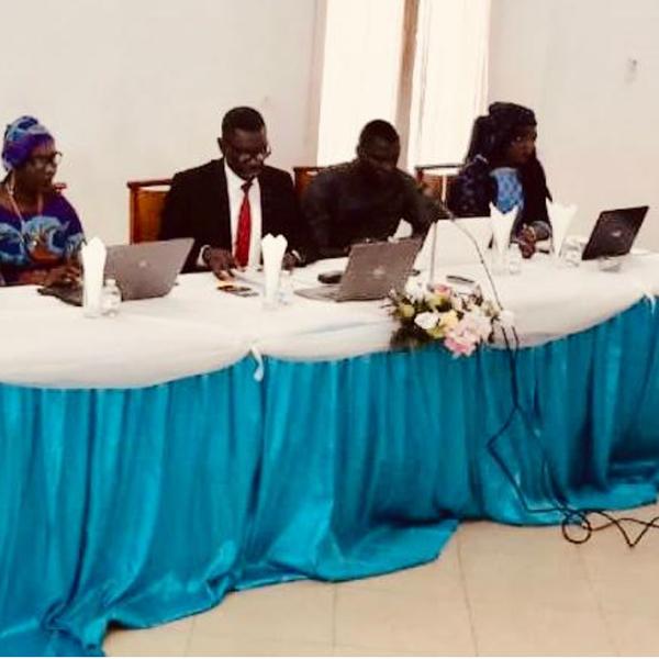 panel Janvier 2019 - Photo paneliste et moderateur - slide